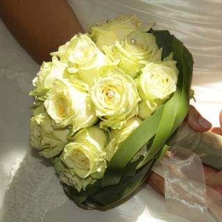 Brautstrauß creme Rosen