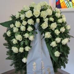 Kranz weiße Rosen