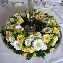 Tischkranz um Kerzenleuchter