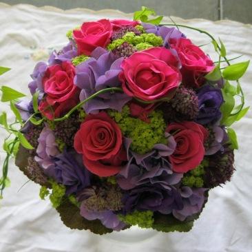 Brautstrauß pink-violett