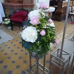Altargesteck Pfingstrosen, Hortensien