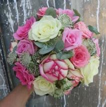 Brautstrauß in rosa Schattierungen (Biedermeier Rose)